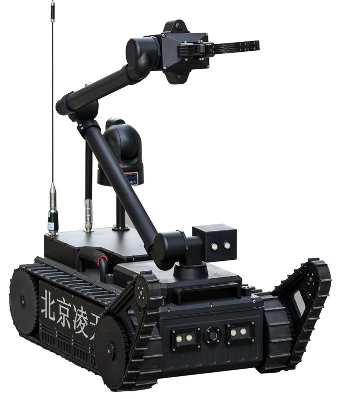 500m Wireless Control Bomb Detection Robot , Explosive Bomb Disposal Robot
